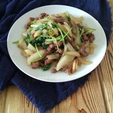 雪梨香菜炒肉丝