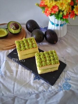 鳄梨夹心蛋糕的做法