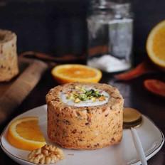 椰枣坚果杯子蛋糕