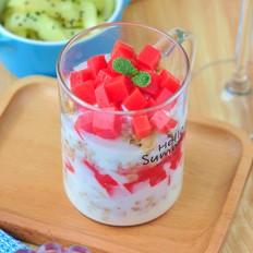 西瓜布丁酸奶杯