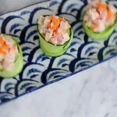 金枪鱼肠黄瓜寿司
