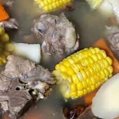 土茯苓煲猪骨