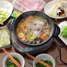 杂蔬菌菇羊肉锅