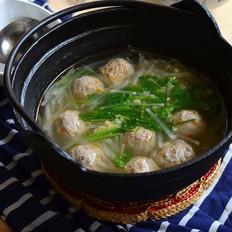 萝卜牛肉丸子汤