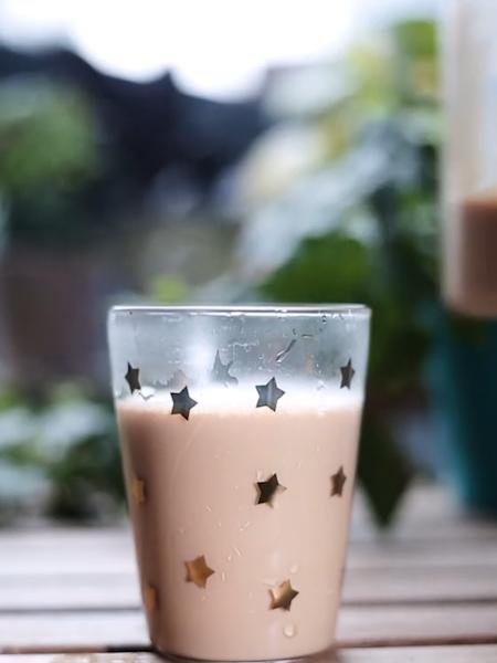 焦糖奶茶成品图