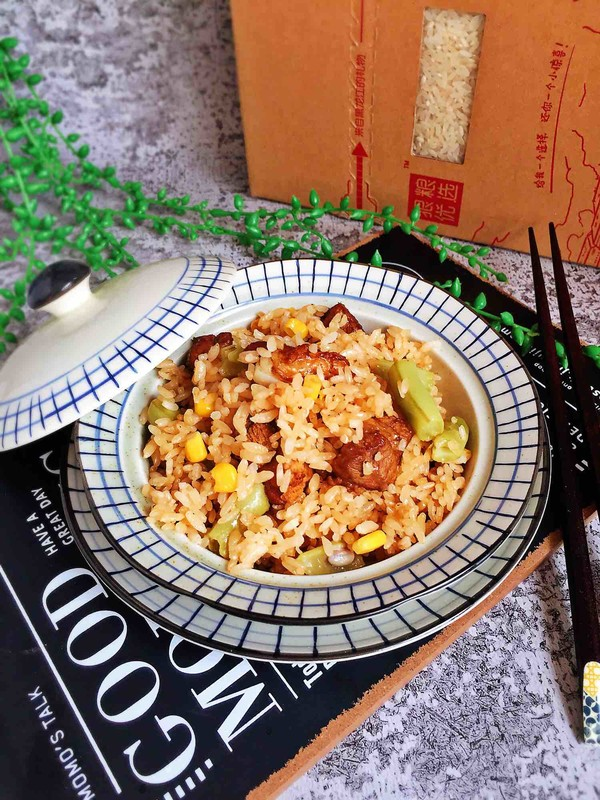 饭菜一锅出的豆角排骨焖饭成品图