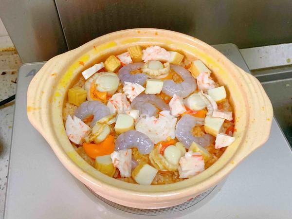 《番茄海鲜焖饭》