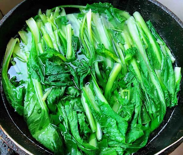 小白菜蚬子汤的做法图解