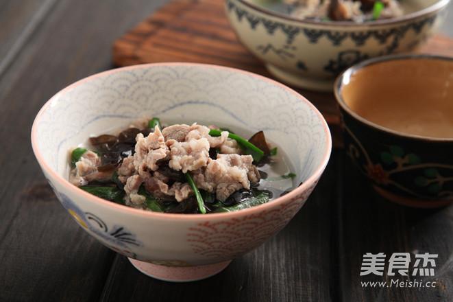 韭菜木耳羊肉汤成品图