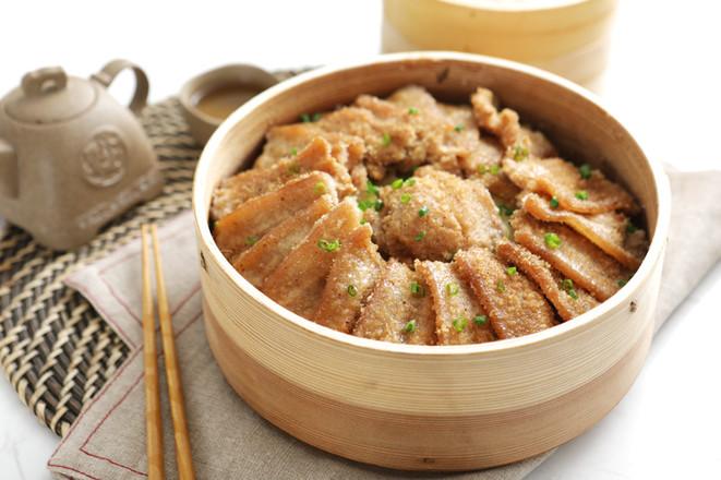 米粉和肉的结合,超级好吃又下饭哦——家庭版粉蒸肉成品图