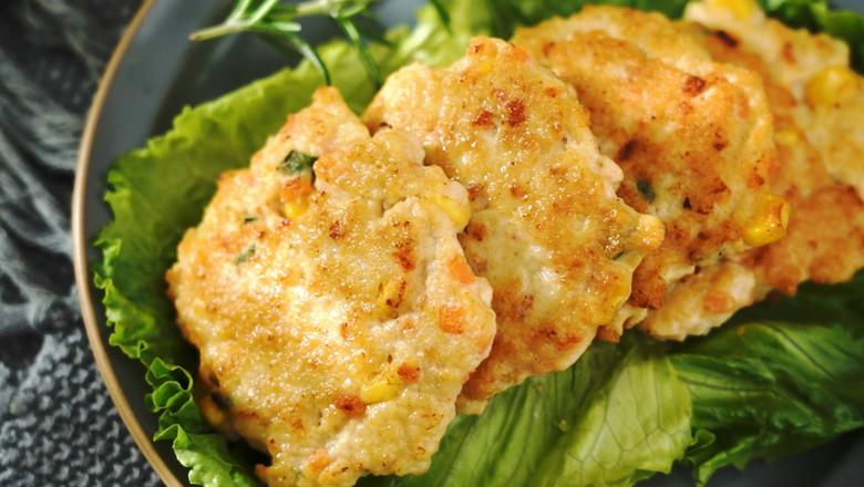 雞胸肉蝦仁鮮蔬餅成品圖