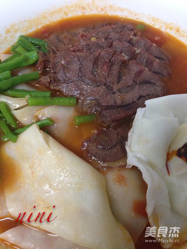 酸汤牛肉面成品图