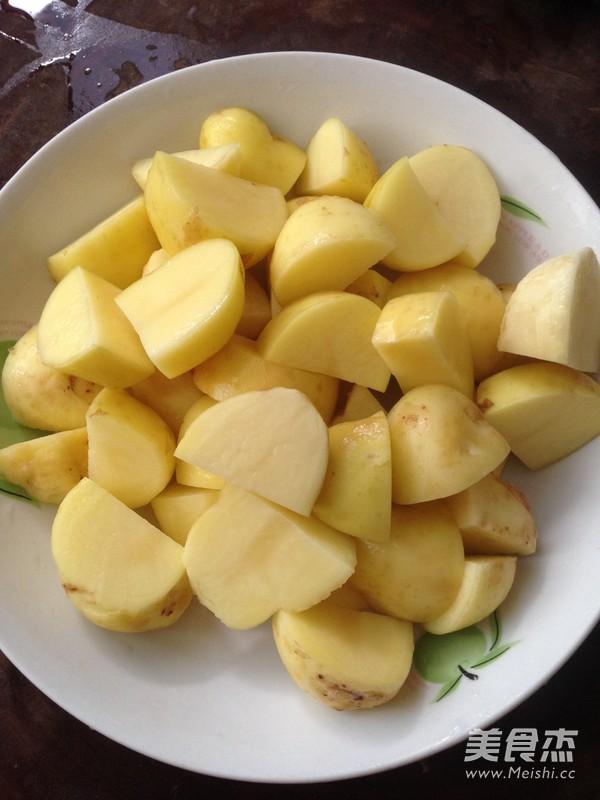 红烧肉炖土豆怎样煸