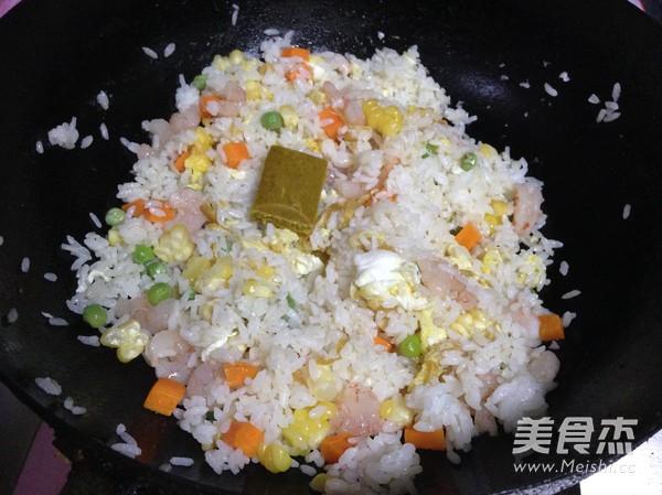 咖喱炒饭怎么煸