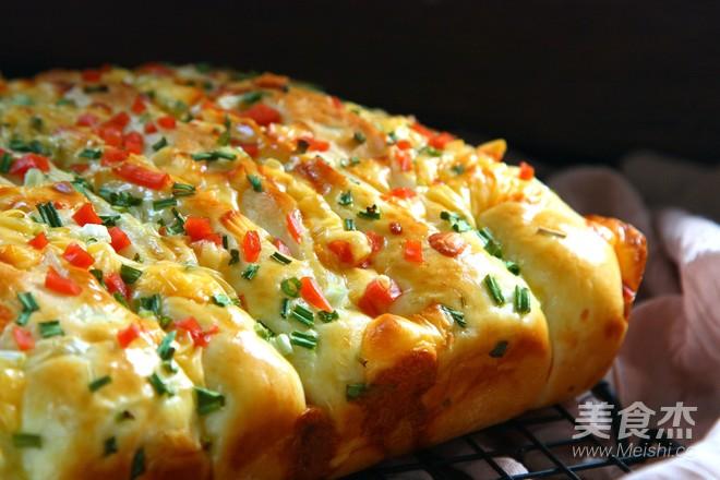 香葱火腿奶酪排包成品图