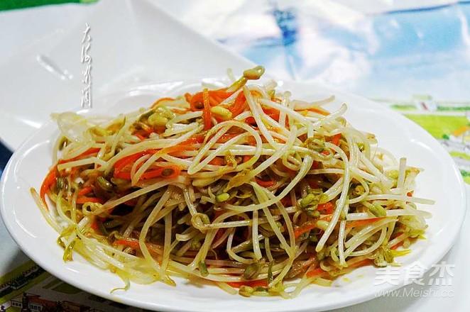 素炒绿豆芽成品图