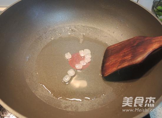 红烧排骨怎么吃
