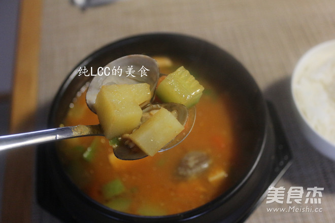 韩国大酱汤成品图