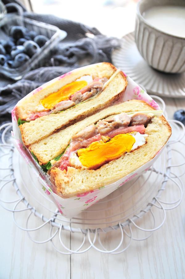 鸡肉三明治成品图