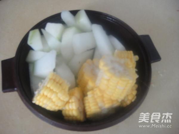 冬瓜猪骨玉米汤怎么炒