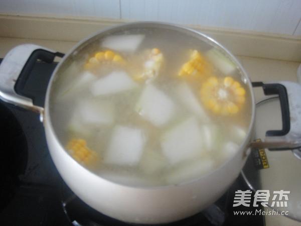 冬瓜猪骨玉米汤怎么煮