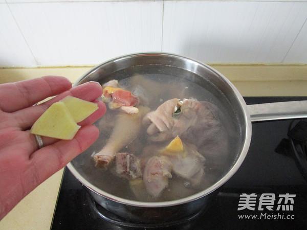 新鲜天麻炖鸡_新鲜天麻炖鸡的做法_新鲜天麻炖鸡怎么做_美食杰
