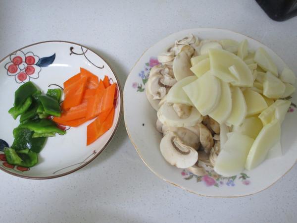 鲜笋蘑菇炒肉片的做法图解