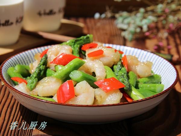 芦笋炒虾仁成品图