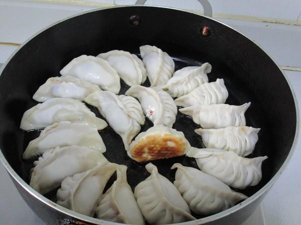 上海鲜肉锅贴怎么煮