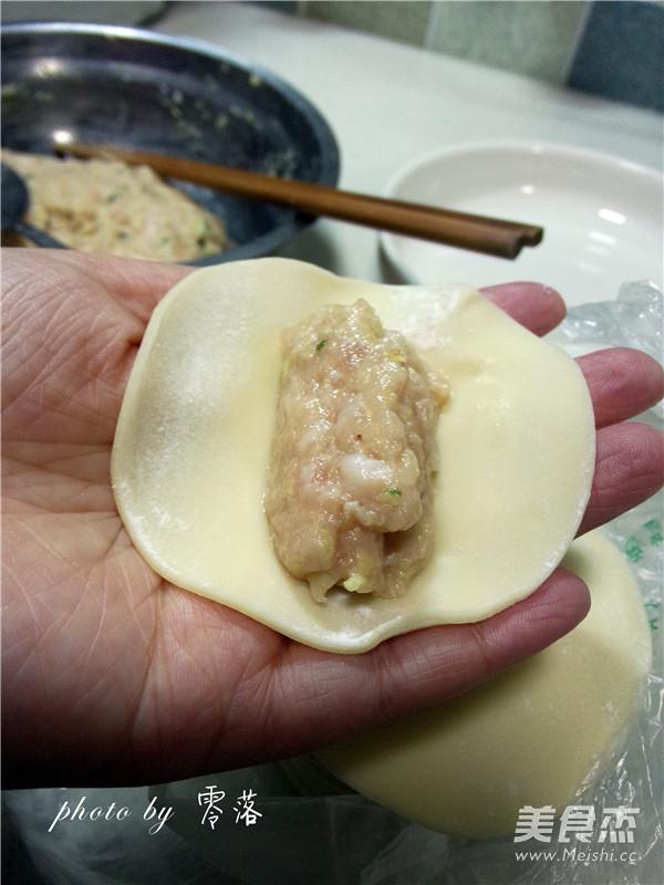 白菜猪肉锅贴怎么吃