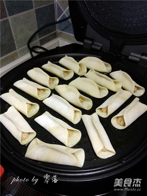 白菜猪肉锅贴怎么煮