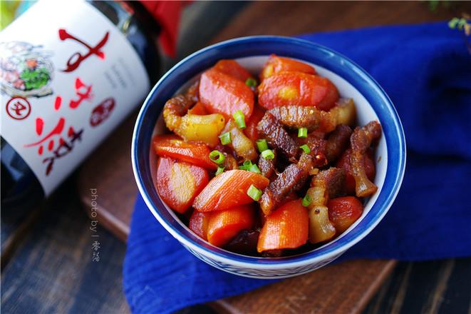 胡萝卜红烧肉怎样煸