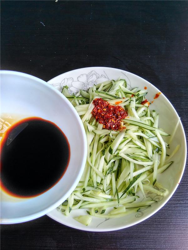 生拌菜瓜怎么吃