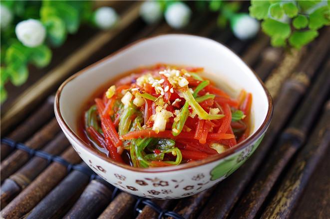 凉拌菠菜成品图