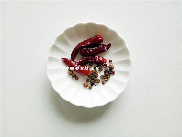 炝炒茼蒿菜的简单做法