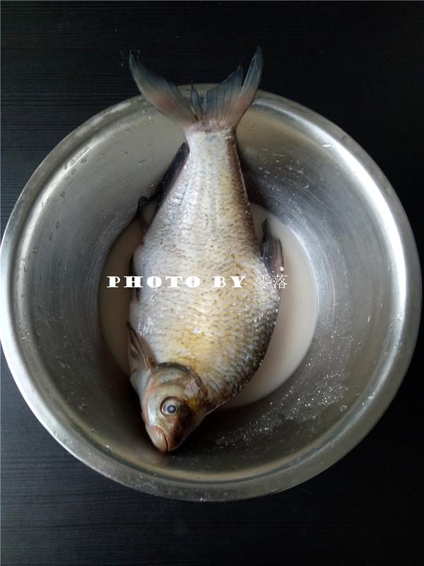 浇汁武昌鱼的做法图解