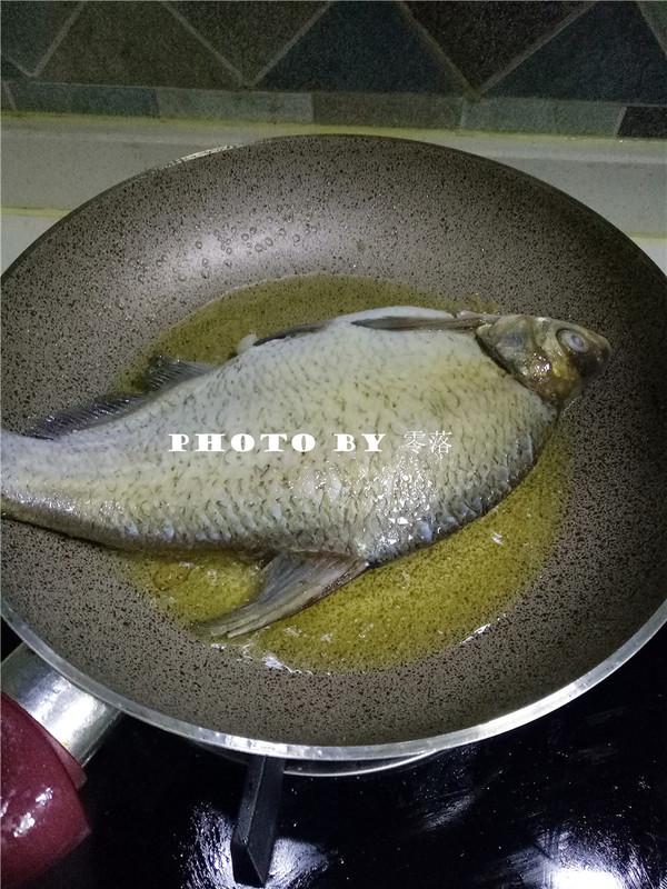 浇汁武昌鱼怎么吃