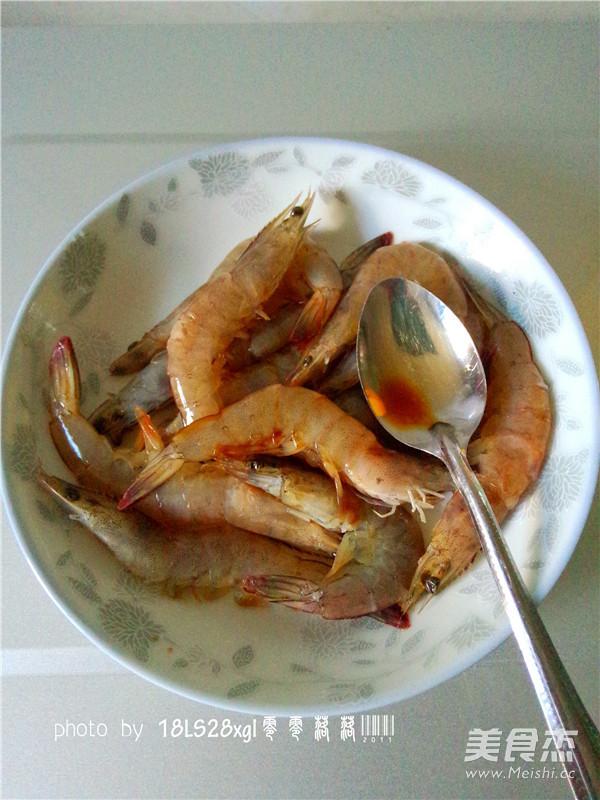 微波番茄虾的家常做法