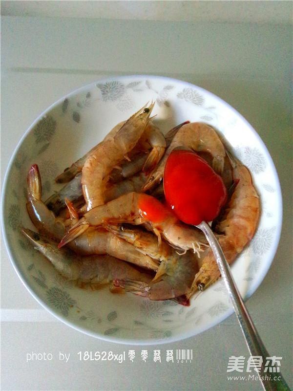 微波番茄虾怎么吃