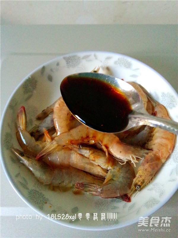 微波番茄虾的简单做法