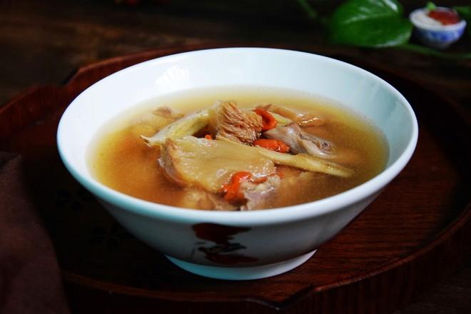 黄芪猴头菇鸡汤丨霸王超市成品图