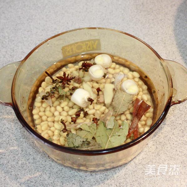 卤煮黄豆的家常做法