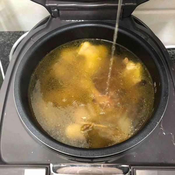 黑枸杞养生鸡汤怎样做