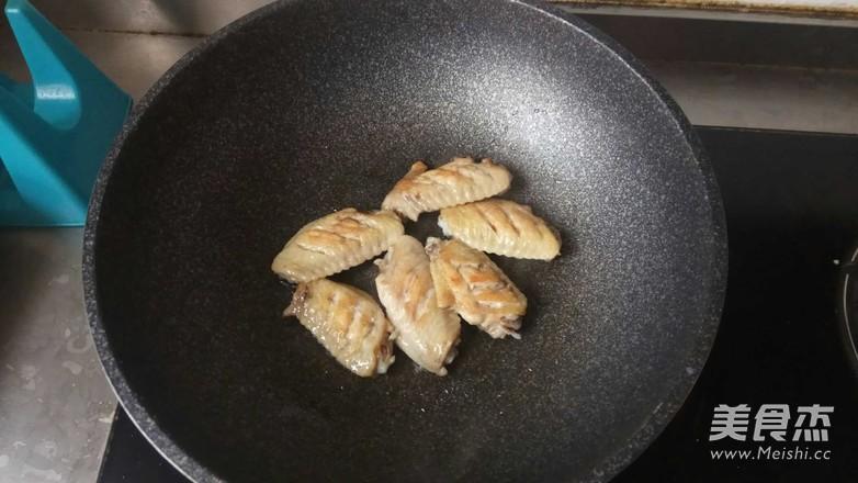 超简单的可乐鸡翅的做法 菜谱