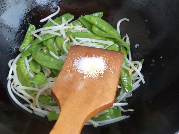豆芽菜炒荷兰豆#晚餐#怎么煮