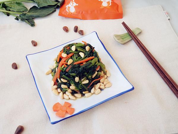 松仁菠菜成品图