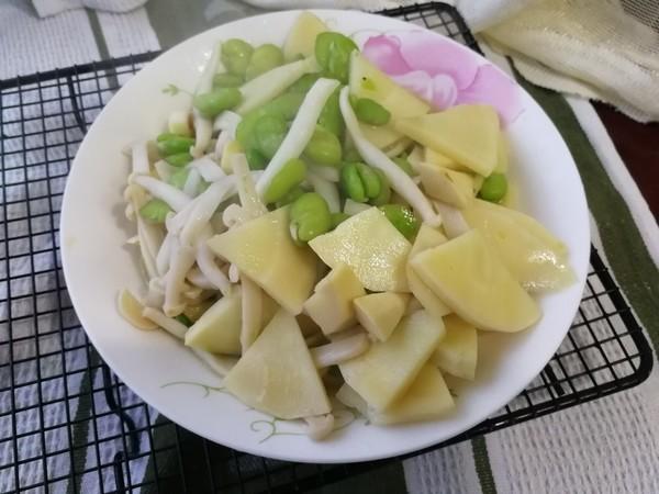 海鲜菇春笋炒豆瓣的做法