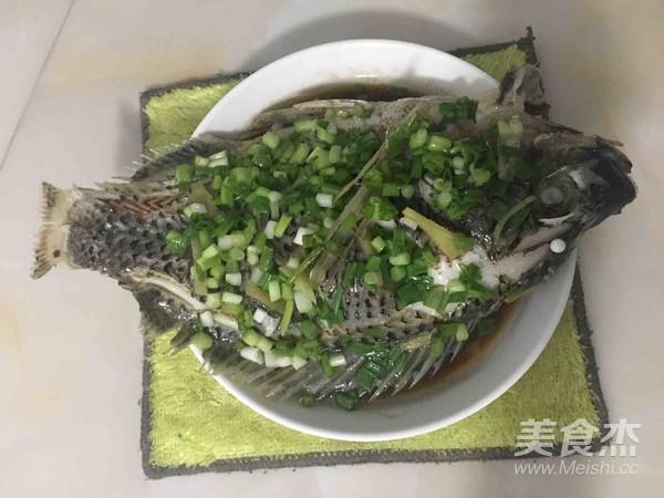 清蒸鱼成品图