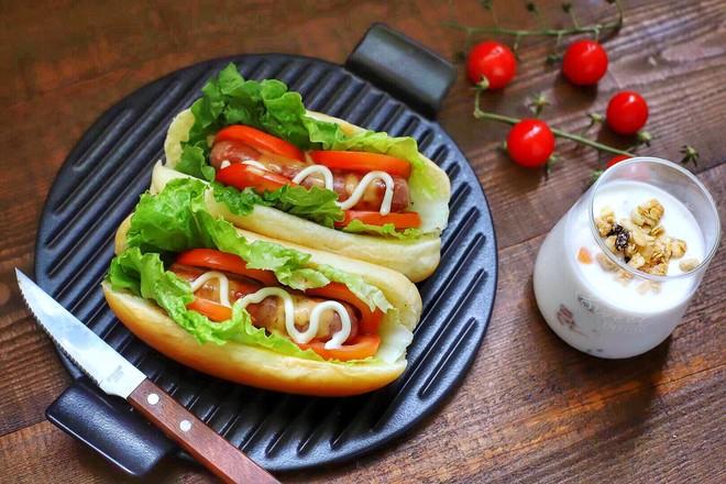 热狗三明治成品图