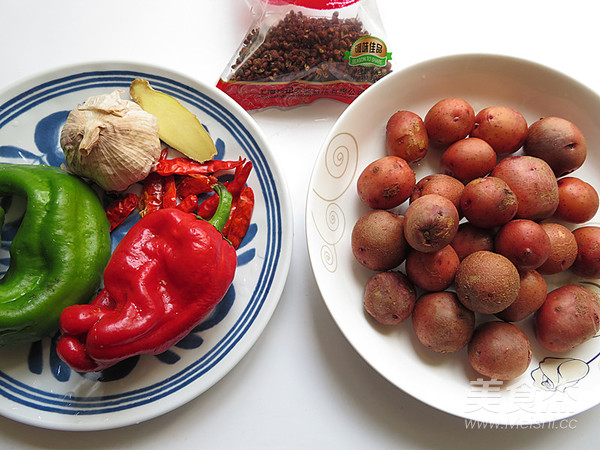小鸡炖土豆的家常做法